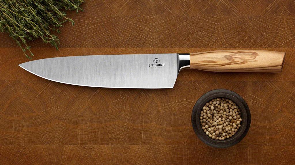 Gute und scharfe Messer erleichtern das kochen