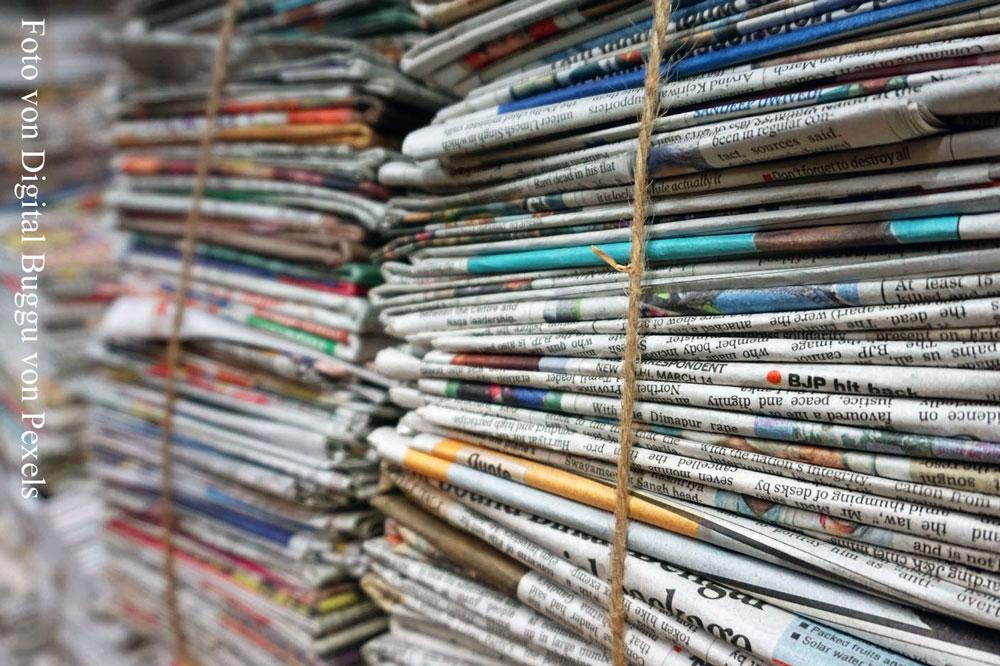 Soziale Plattformen liefern mehr und sogar schnellere Informationen als Pressezeitungen